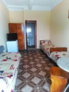 3-bed rooms with all amenities, 50 m from the sea