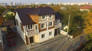 House duplex townhouse with 165m2 Osokorki Slavutich is Kiev (1 km to subway)