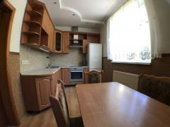 I'll sell the house Alexandrovskaya, 13a. Free of commission