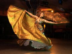 Performances of belly dance at Your next event