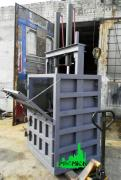 Press for waste paper and PET bottles 32 tons
